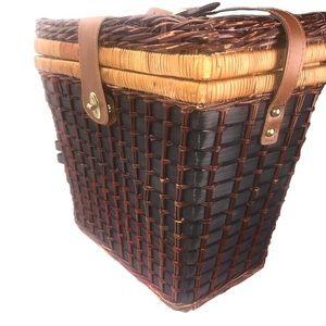 Vintage Accents - Vintage French Rattan Woven Picnic Basket Purse